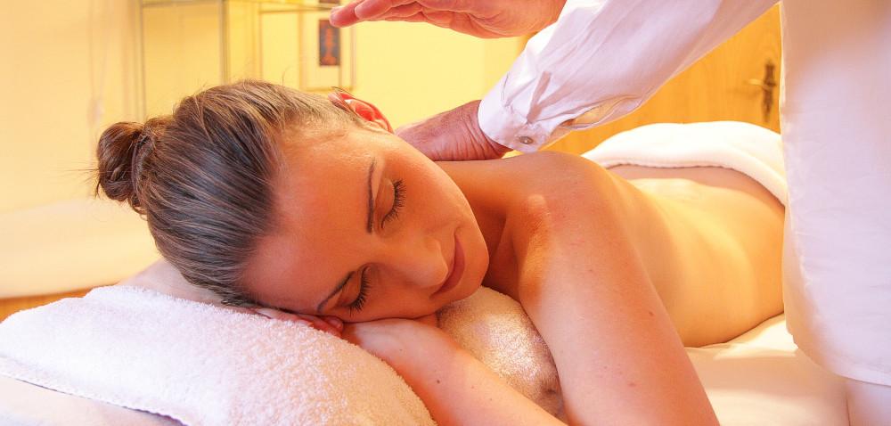 Massagen im Kosmetik Studio Rostock